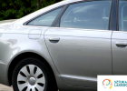 Naprawy blacharsko-lakiernicze - drzwi po naprawie lakierniczej, naprawa lakiernicza boku samochodu, idealny stan auta, jak z fabryki.